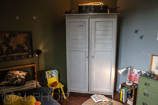 Wardrobe in Paris Grey